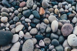 אבן בכיסים ואל תשכח לאמר תודה לבורא עולם
